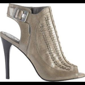 Vince Camuto Asha Heel With Box